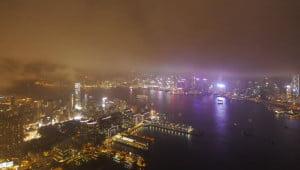 Hongkong vanuit de wolken